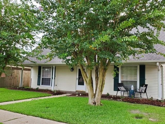 1821 Cambridge Drive, La Place, LA 70068 (MLS #2216709) :: Top Agent Realty
