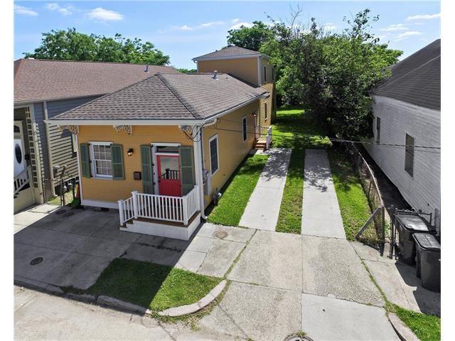 1521 Mandeville Street, New Orleans, LA 70117 (MLS #2217866) :: Robin Realty
