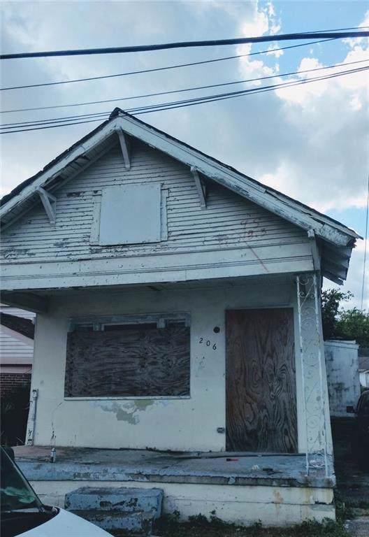 2206 Mandeville Street, New Orleans, LA 70117 (MLS #2226216) :: ZMD Realty
