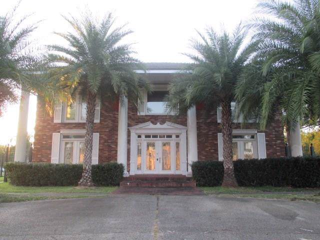 3401 Florence Drive, New Orleans, LA 70114 (MLS #2227672) :: The Sibley Group