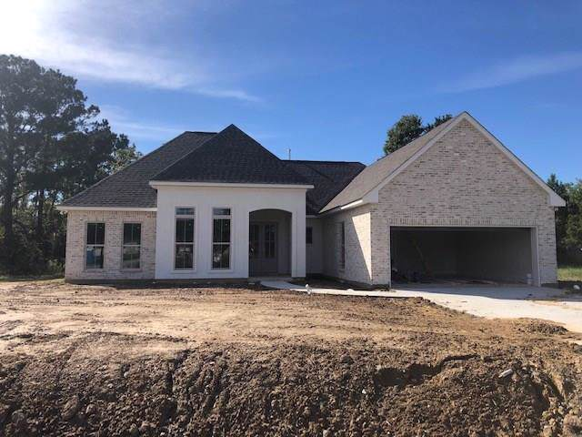 5044 House Sparrow Drive, Madisonville, LA 70447 (MLS #2228007) :: Turner Real Estate Group