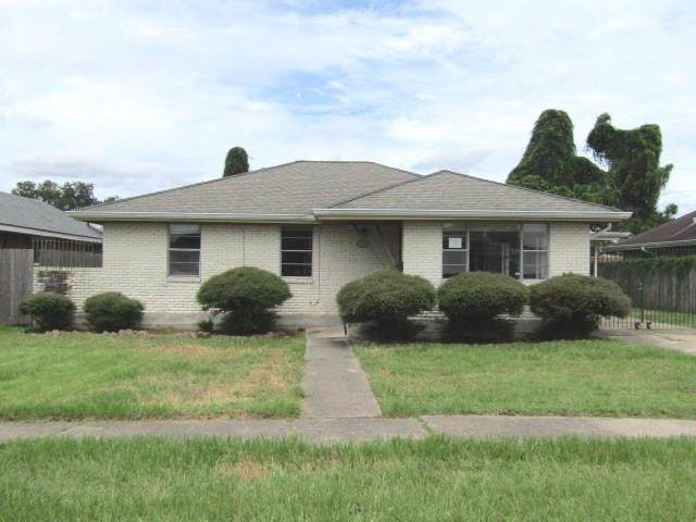 2105 Diana Street, Terrytown, LA 70056 (MLS #2228137) :: Crescent City Living LLC