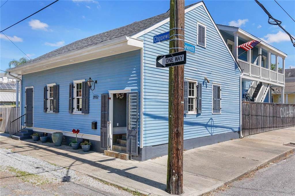 2932 Chippewa Street - Photo 1