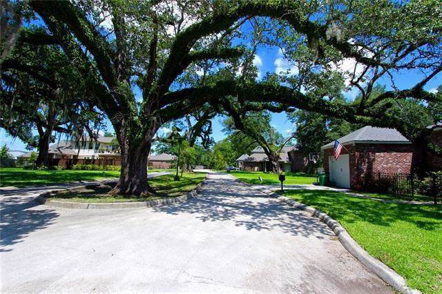 125 Bourgeois Court, Harahan, LA 70123 (MLS #2229640) :: Crescent City Living LLC