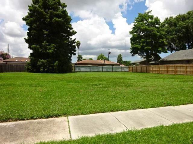 2716 Chalona Drive, Chalmette, LA 70043 (MLS #2230483) :: Amanda Miller Realty