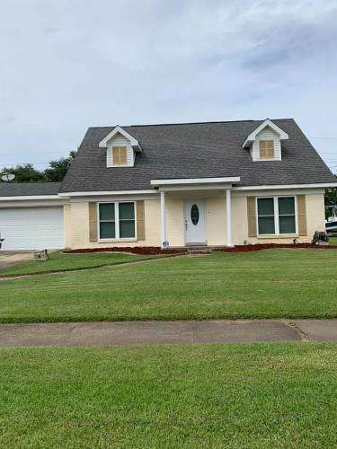 126 Woodcrest Drive, Slidell, LA 70458 (MLS #2231017) :: Top Agent Realty