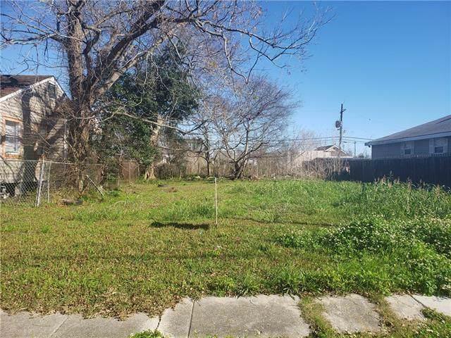 56218 Haydel Street, New Orleans, LA 70126 (MLS #2238040) :: Watermark Realty LLC