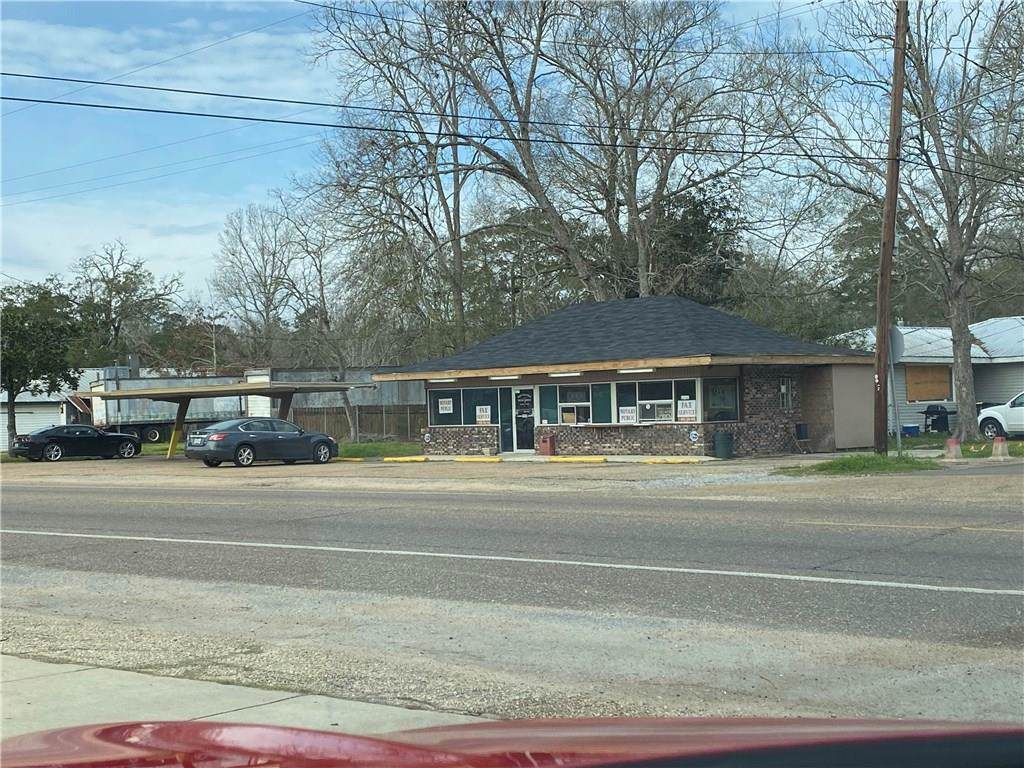 990 Pine Street - Photo 1