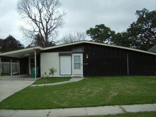2117 Dupont Drive, Terrytown, LA 70056 (MLS #2240549) :: Crescent City Living LLC
