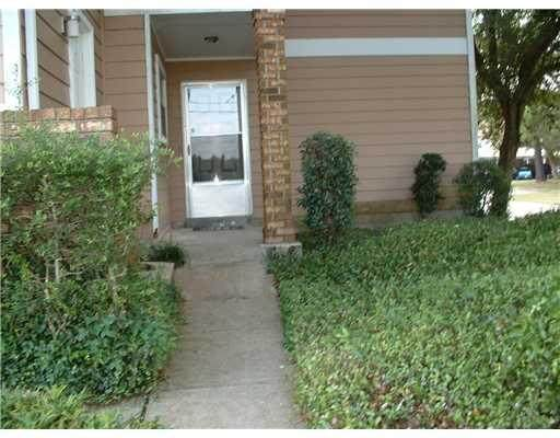 2425 Oxford Place #102, Gretna, LA 70056 (MLS #2242401) :: Inhab Real Estate
