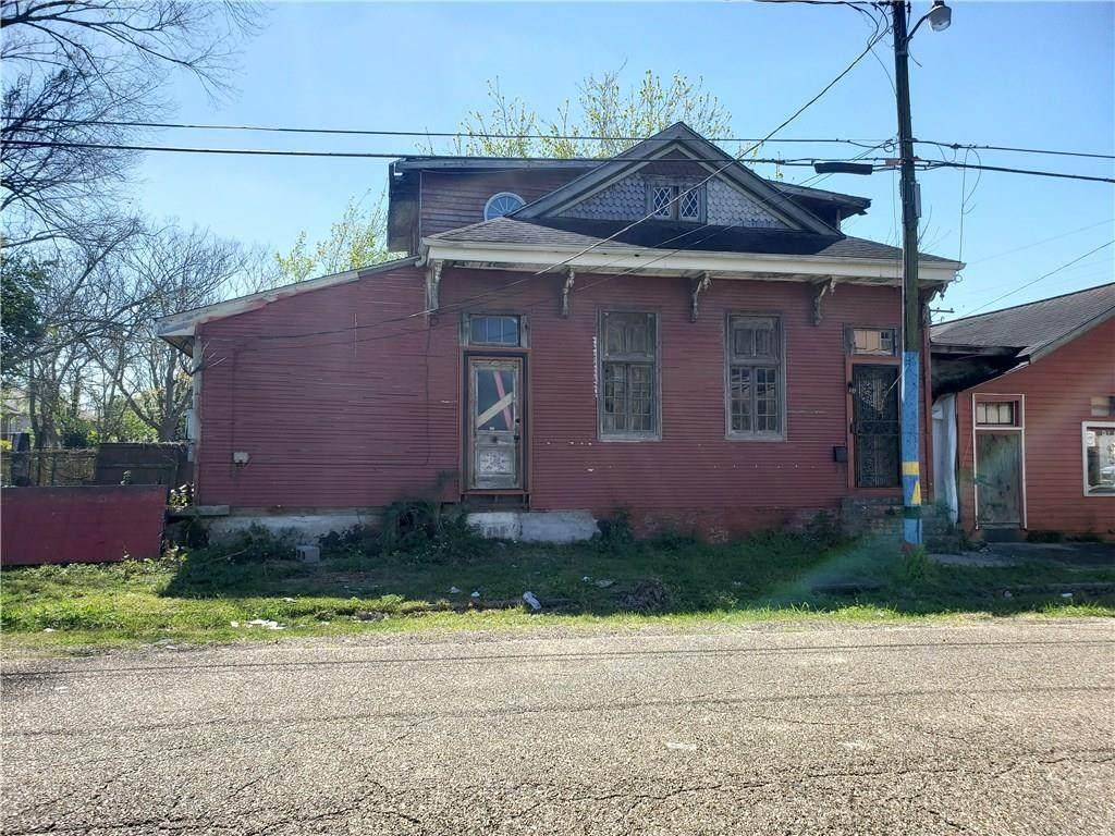 803 Slidell Street - Photo 1