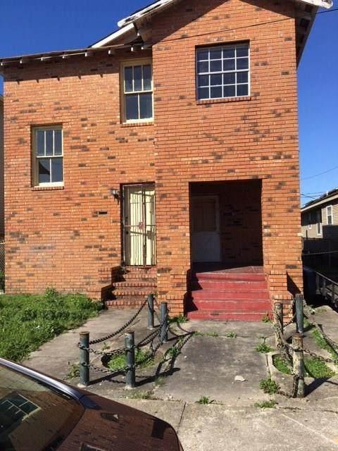 26 Saint Claude Court, New Orleans, LA 70117 (MLS #2244565) :: Crescent City Living LLC