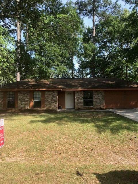 303 Cedarwood Street, Mandeville, LA 70448 (MLS #2248314) :: Top Agent Realty