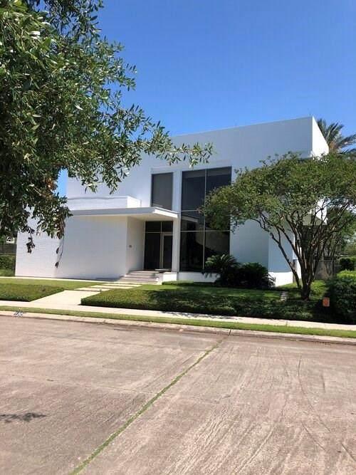 1324 Oriole Street, New Orleans, LA 70122 (MLS #2258859) :: Watermark Realty LLC
