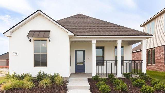 853 Pelican Bay Drive, Slidell, LA 70461 (MLS #2259058) :: The Sibley Group