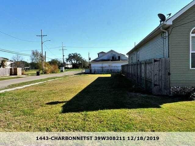 1443 Charbonnet Street - Photo 1