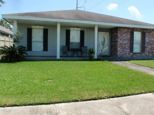 2 Chalet Court, Kenner, LA 70065 (MLS #2266578) :: Watermark Realty LLC