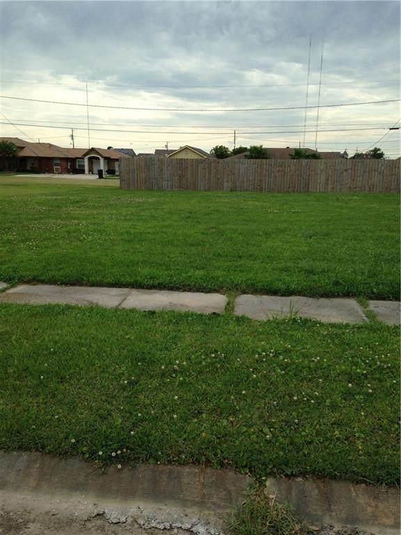 3716 Ventura Drive, Chalmette, LA 70043 (MLS #2268850) :: Amanda Miller Realty