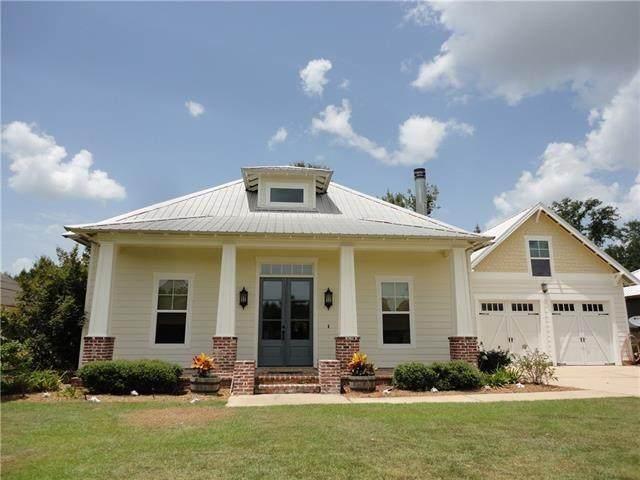 20127 Walden Street, Covington, LA 70435 (MLS #2278626) :: Nola Northshore Real Estate