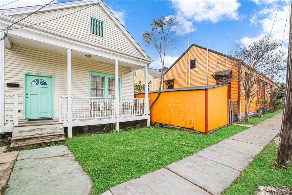 4622 Robertson Street - Photo 1