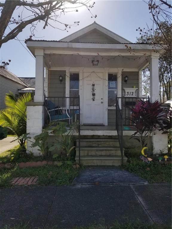 312 Virgil Street - Photo 1