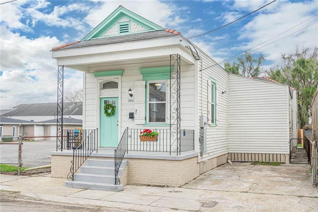 2461 Claiborne Avenue - Photo 1