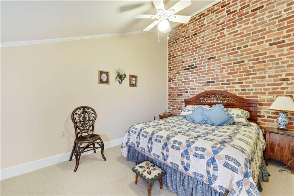922 Chartres Street - Photo 12