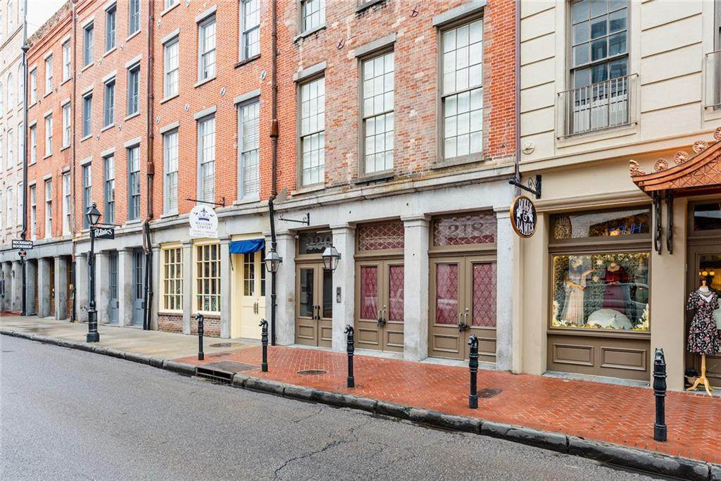 220 Decatur Street - Photo 1
