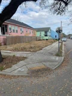 1301 Elysian Fields Avenue - Photo 1