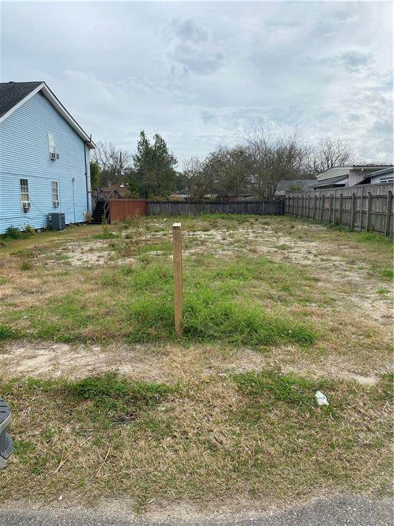 705 Grove Avenue, Metairie, LA 70003 (MLS #2289063) :: Crescent City Living LLC