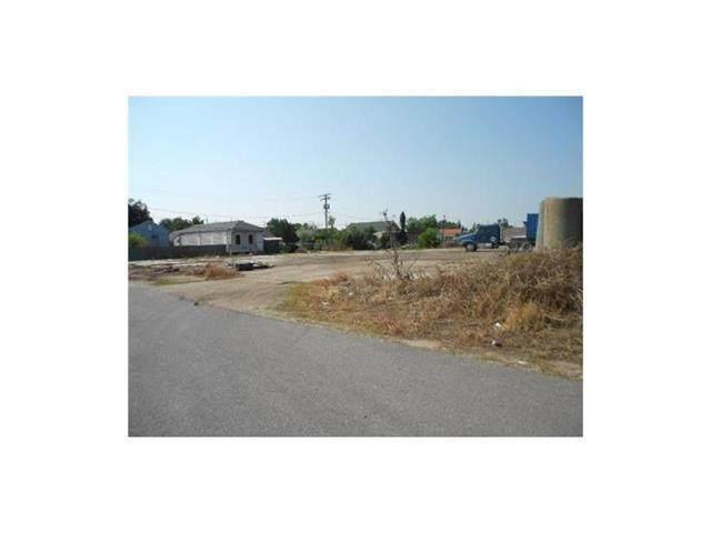 6801 Bienvenue Street, Arabi, LA 70032 (MLS #2289110) :: Robin Realty