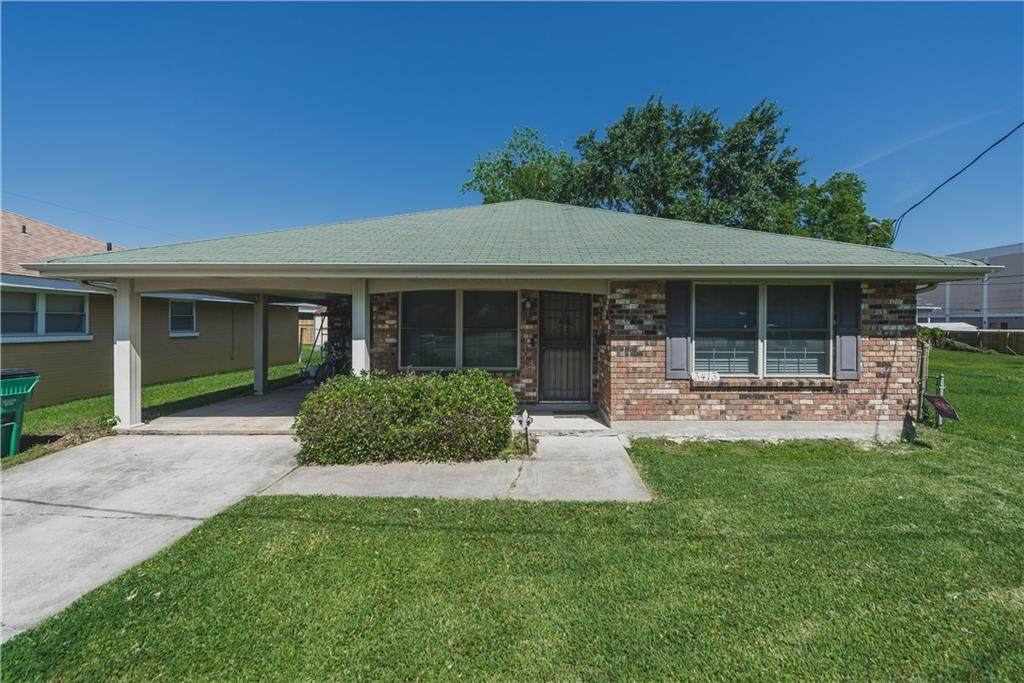 3413 Clearview Parkway - Photo 1