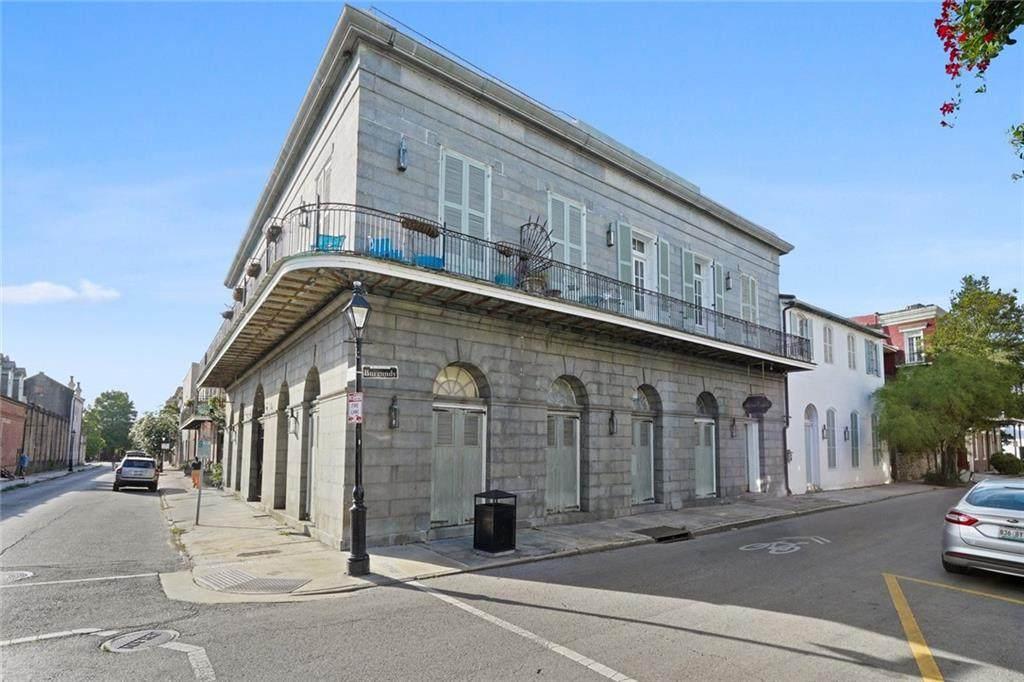 1303 Burgundy Street - Photo 1