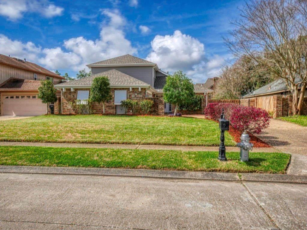 3955 Lennox Boulevard - Photo 1