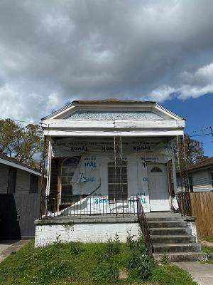 2681 Clover Street, New Orleans, LA 70122 (MLS #2292115) :: Reese & Co. Real Estate