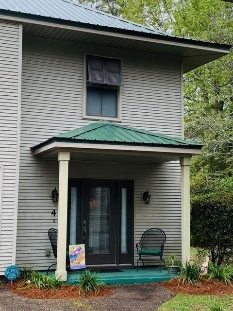 590 Lotus N Drive #4, Mandeville, LA 70471 (MLS #2292246) :: Nola Northshore Real Estate