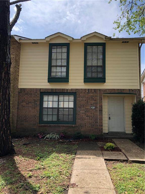 2418 Oxford Place - Photo 1