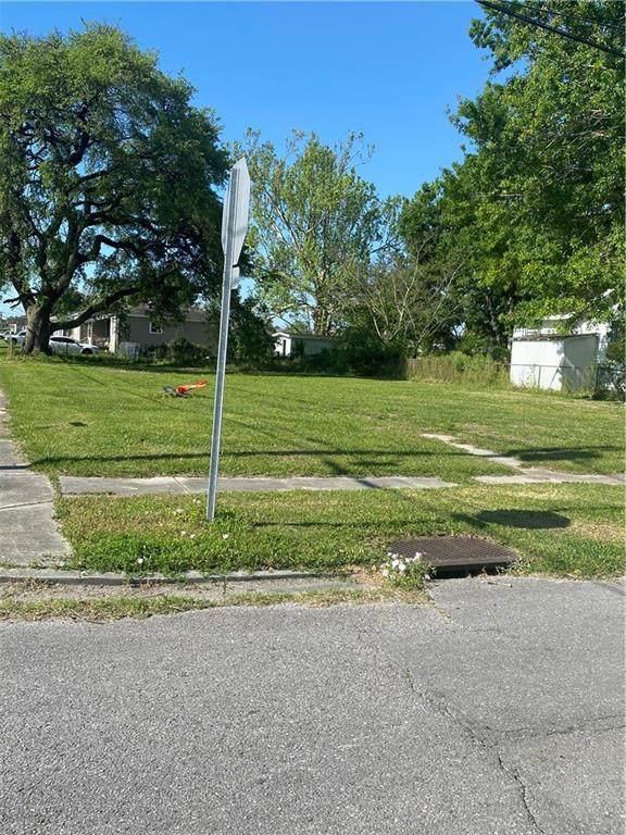 500 W St Jean Baptiste Street, Chalmette, LA 70043 (MLS #2294058) :: Amanda Miller Realty