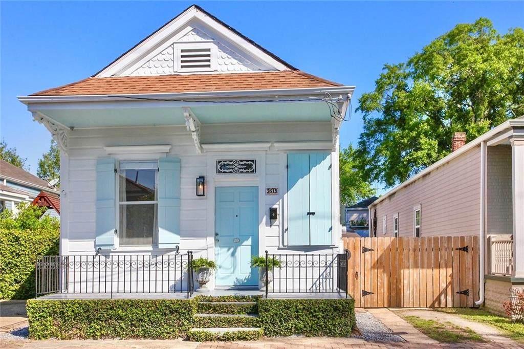 3619 Laurel Street - Photo 1