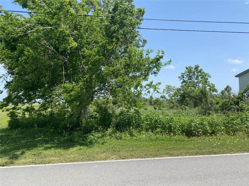 Hopedale Highway - Photo 1
