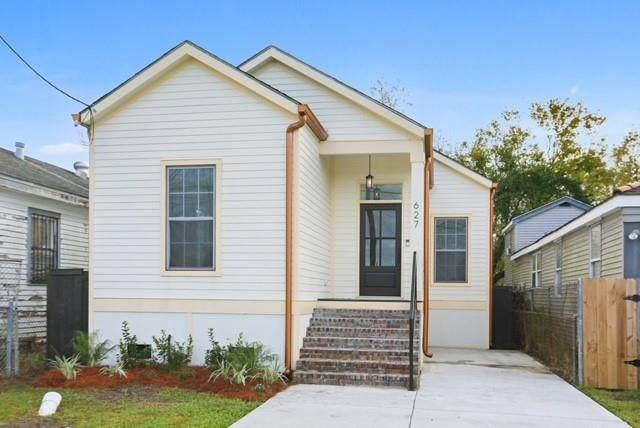 627 Gordon Street, New Orleans, LA 70117 (MLS #2297979) :: Crescent City Living LLC