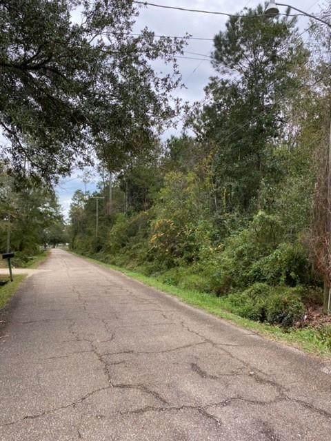 Erindale Road, Lacombe, LA 70445 (MLS #2301893) :: Parkway Realty