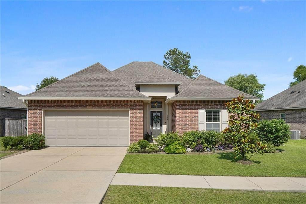 424 Oak Branch Drive - Photo 1
