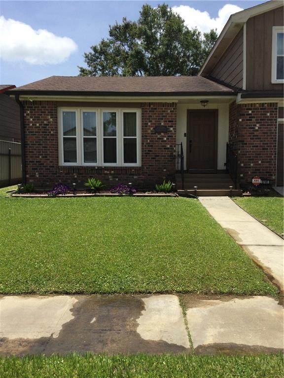 3741 Red Cedar Lane, Harvey, LA 70058 (MLS #2302410) :: Crescent City Living LLC