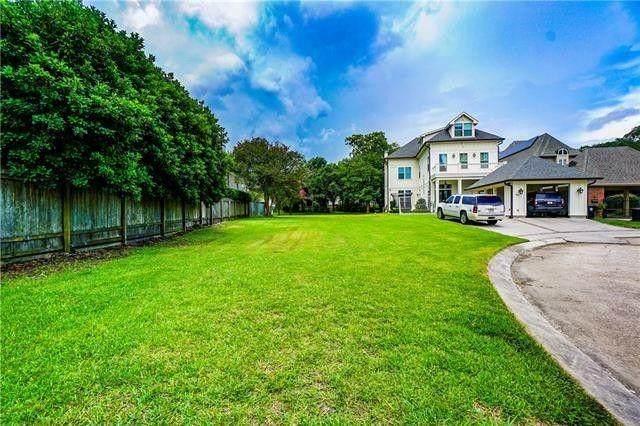 37 Crane Street, New Orleans, LA 70124 (MLS #2303107) :: United Properties