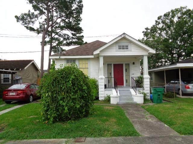 418 10TH Street, Gretna, LA 70053 (MLS #2303705) :: Amanda Miller Realty