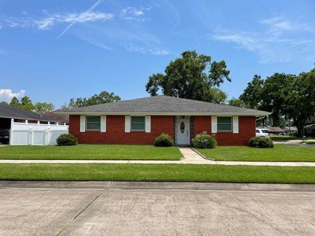 2800 Kirk Drive, Marrero, LA 70072 (MLS #2305272) :: United Properties