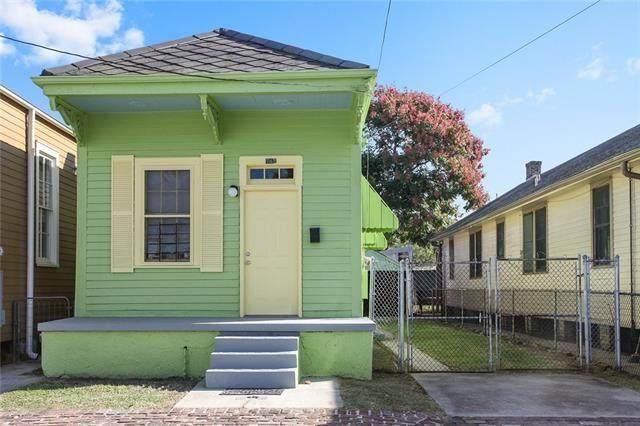 743 Toledano Street, New Orleans, LA 70115 (MLS #2305354) :: United Properties