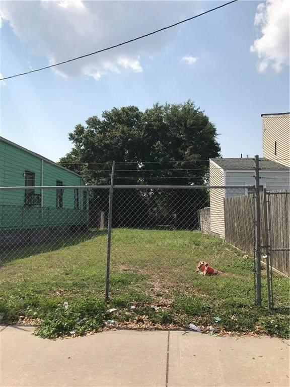 2117 S Robertson Street, New Orleans, LA 70113 (MLS #2308207) :: Satsuma Realtors