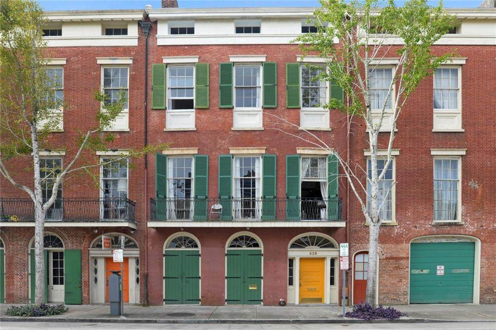 626 28 Julia Street - Photo 1